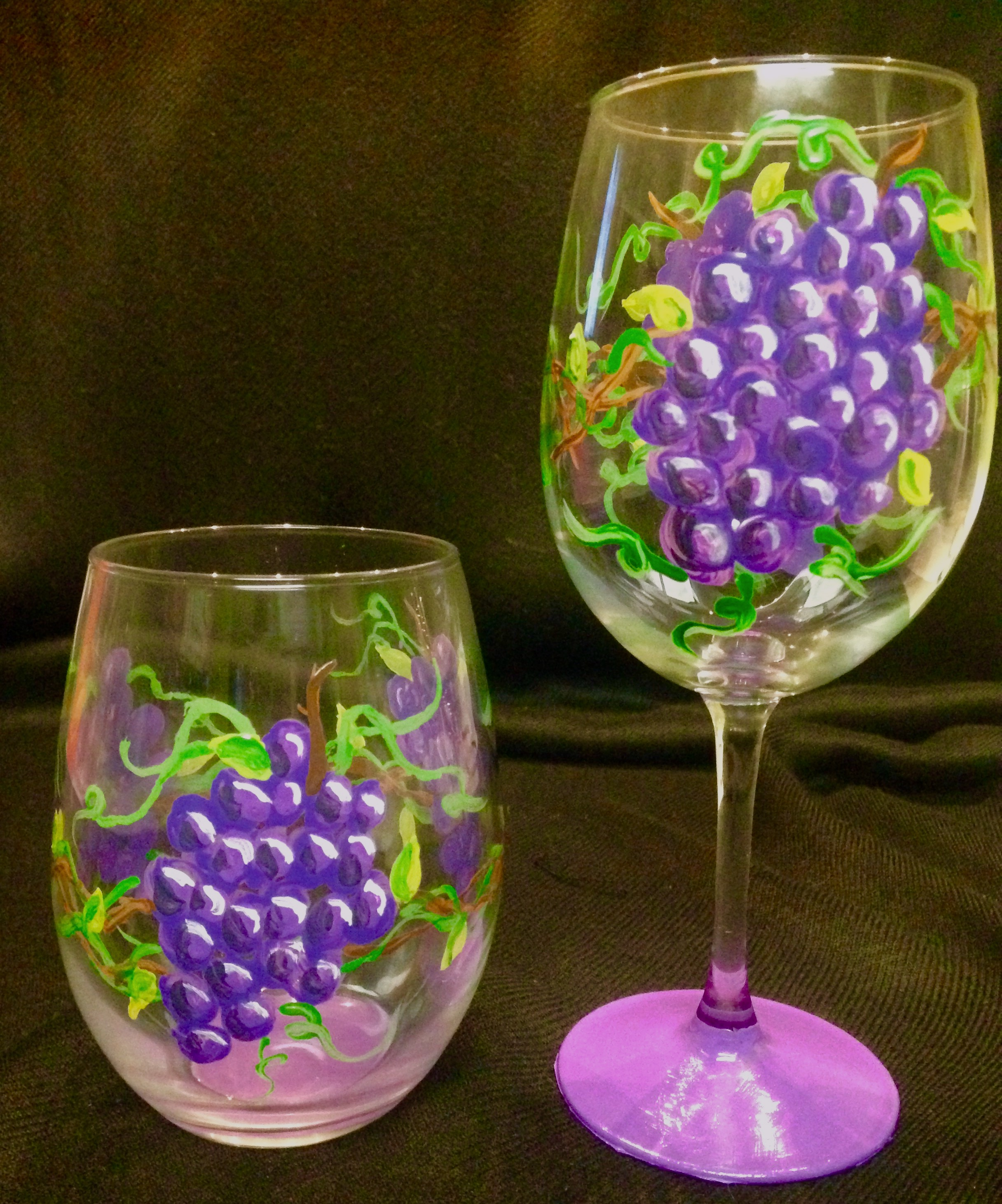 Grape wine glasses 2