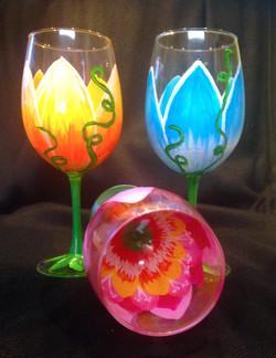 flowers 2 wine glasses 5