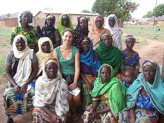 leah_ghana_women.JPG-compressor.jpg