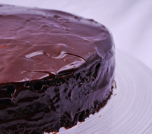 Mix 'n' bake easy chocolate cake