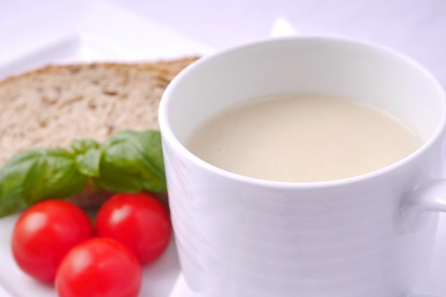 Cauliflower soup 1