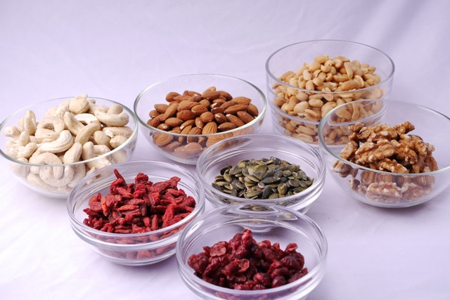 Mixed nuts ingredients