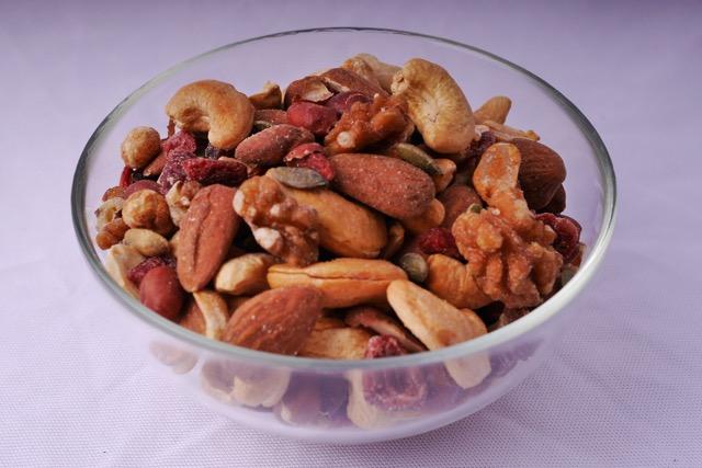 Mixed nuts 2