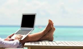 Dear Homebody Nethead, Here's Why You Might Like the Laptop Lifestyle