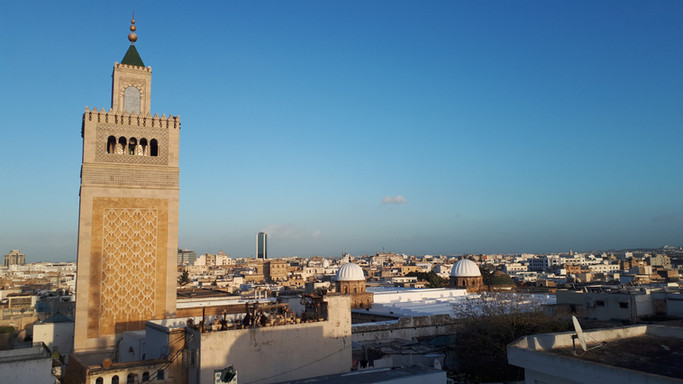 Medina, souks and handycraft workshops a walk away from the house