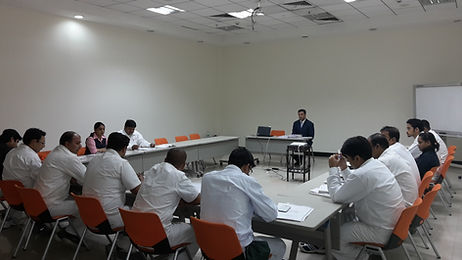 communicaton skills training expert conducting the communication skills training for middle and senior management of Japnese car manufacturer