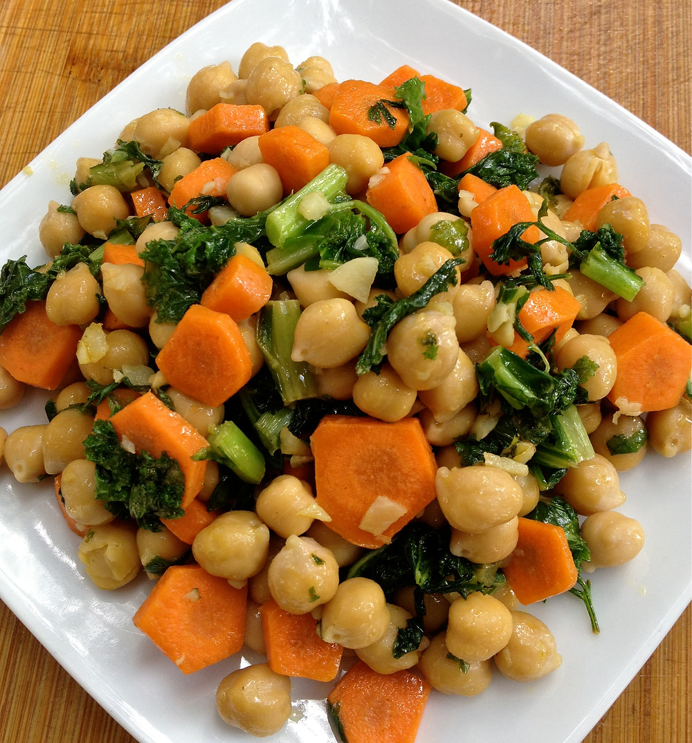 Garlic Lemon Chickpeas and Kale