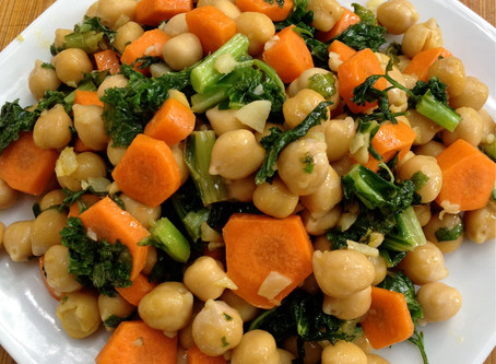 Garlic Lemon Chickpeas & Kale