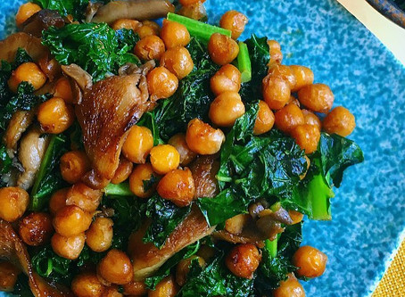 Maple Cayenne Chickpeas & Kale