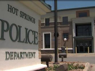 USA -Garland County deputy uses tourniquet, saves citizen's life