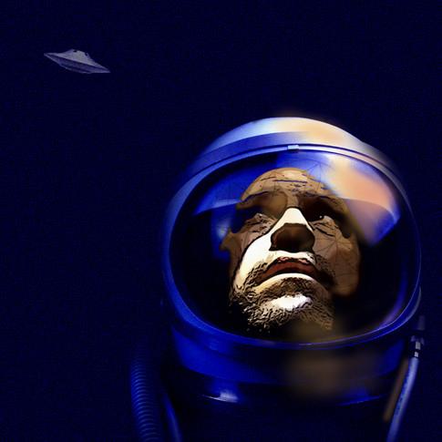 astronaut 2psd.jpg