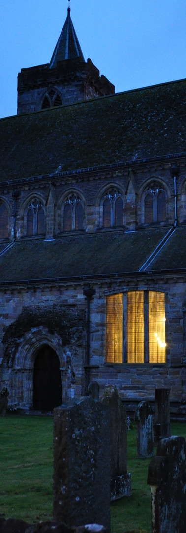 Dunblane Cathedral.jpg