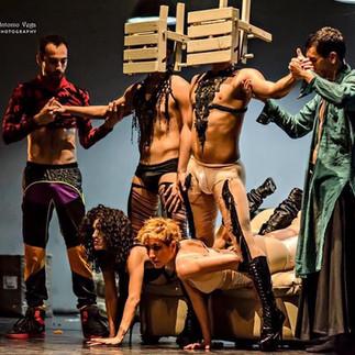 Delfos Danza Contemporánea