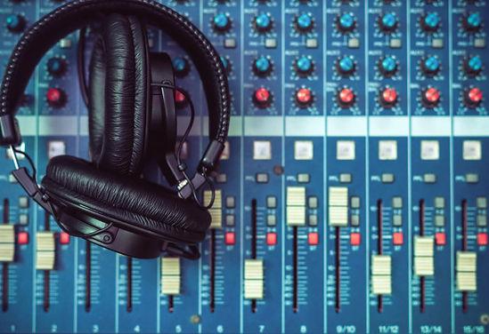 top-view-earphone-mixer-music-instrument