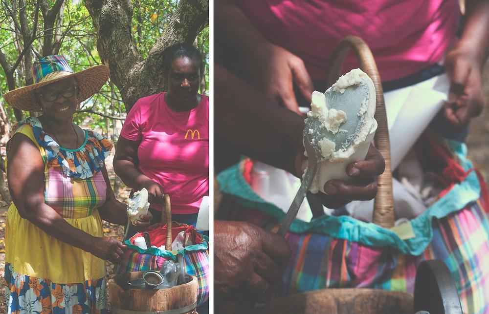 Marchande de sorbet coco sur la plage des Salines - Martinique