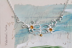 Daffodil Necklace in Sterling Silver with Gold details