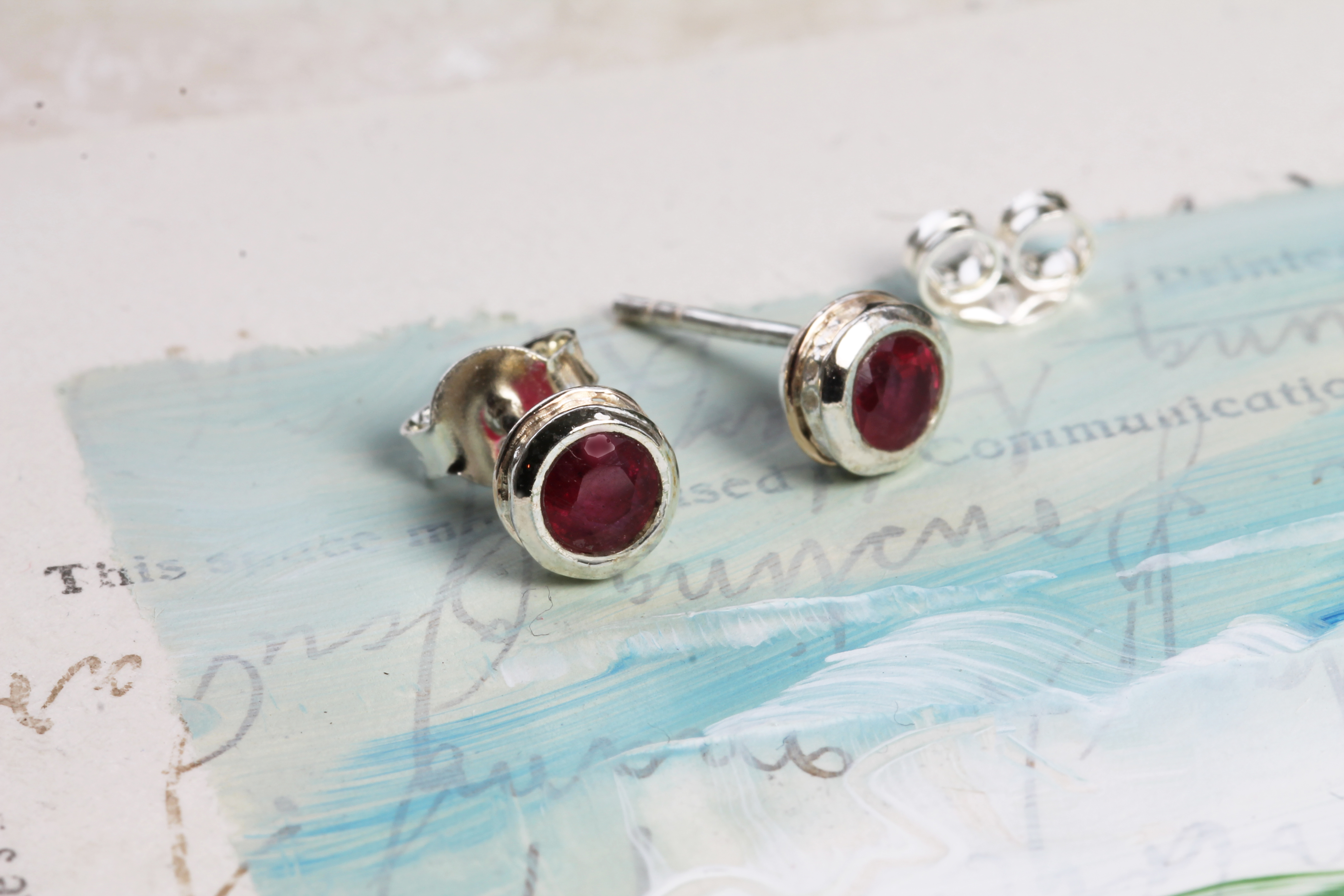 Ruby Ring in Sterling Silver with Gold details