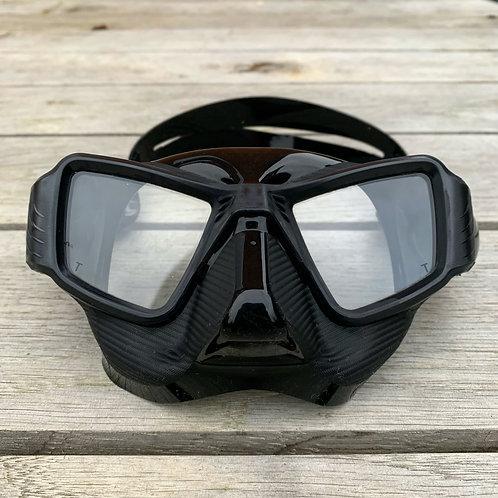 Low volume mask