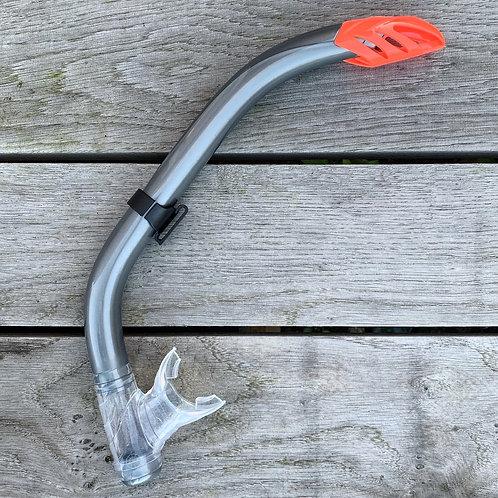 Snorkel with valves