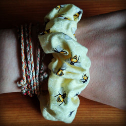 Bees Scrunchie