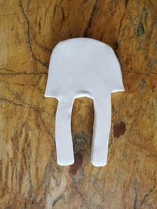Forme fertile (petite) #14, juillet 2020, faience blanche, 19x14 cm, Virginie Hucher