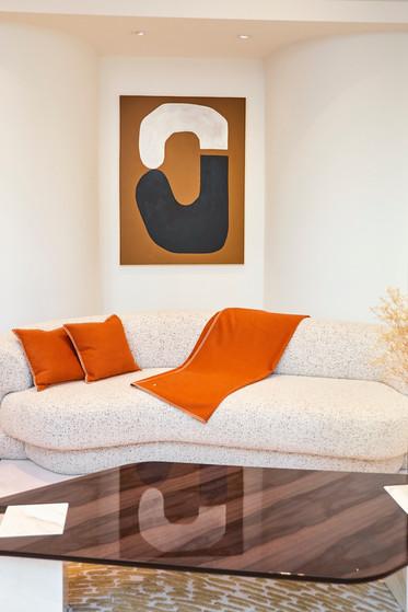 PHILIPPE HUREL avec Amélie Maison d'Art From Wood to Fabric -D' étoffes et de bois (janvier 2021) fondé par Philippe Hurel Paris 1er Photo: Louis Cusy et tmjdesignstudio 
