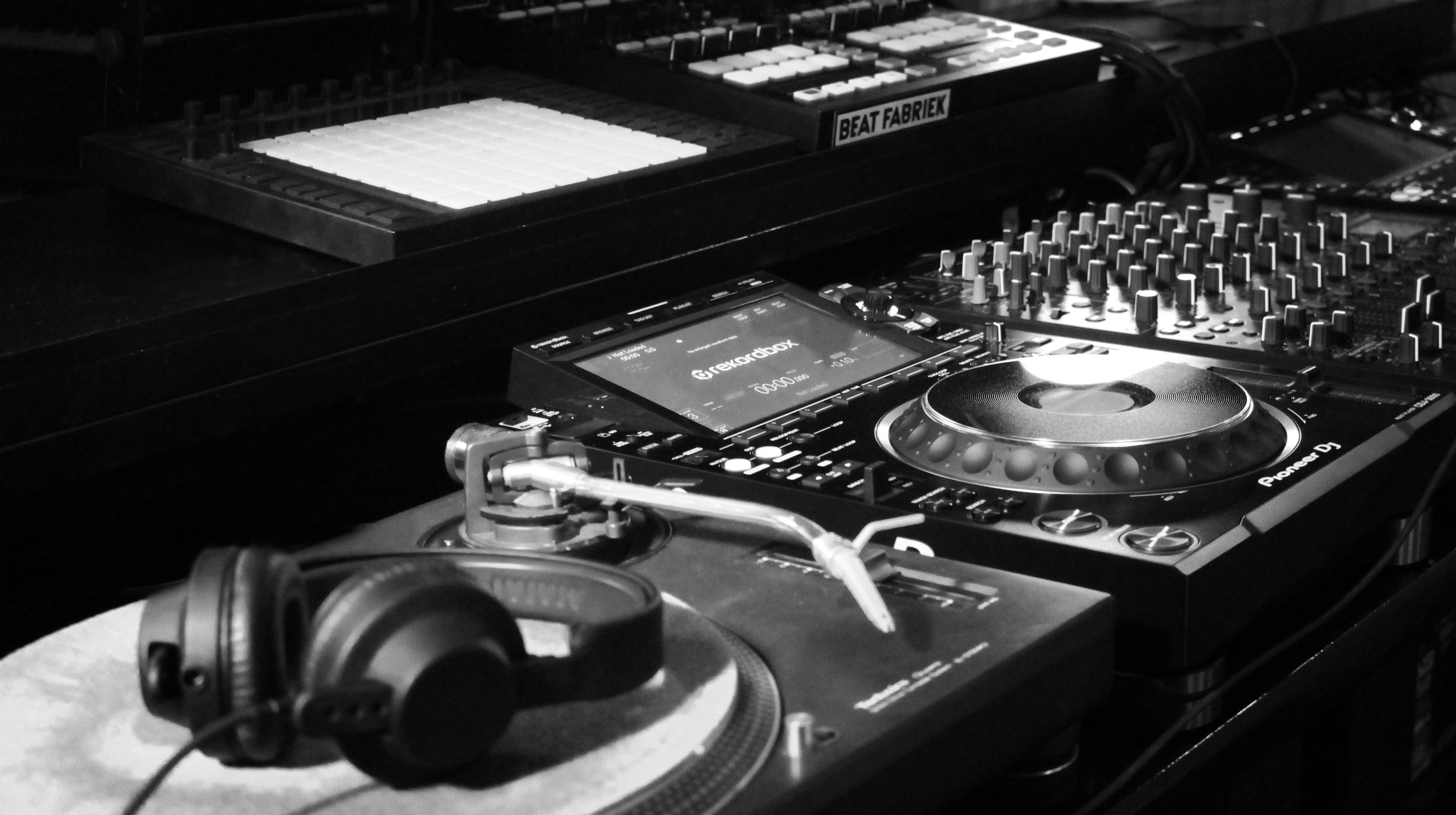 Learn How To DJ - Beginner Course