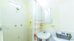 Chacmool: Bathroom and Shower