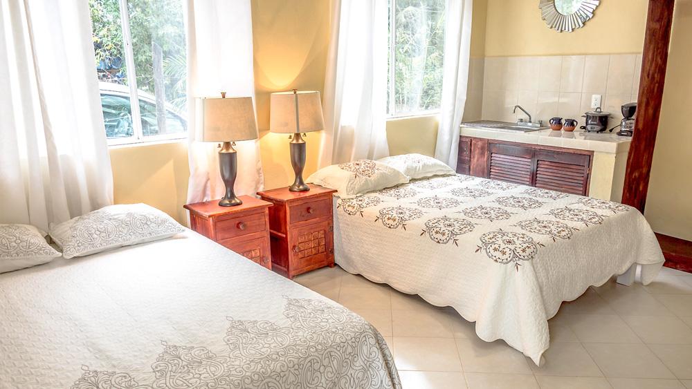Yala-Hau: 2 Beds and Kitchenette