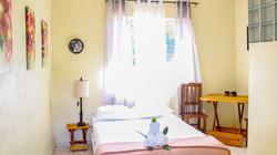 holbox-bedroom-queen-desk