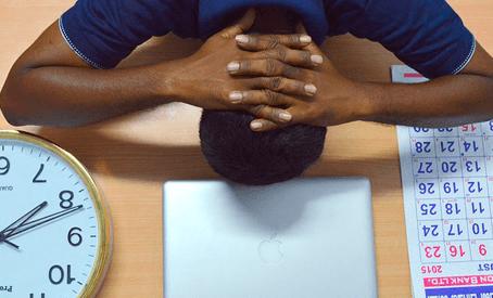 Maneiras de evitar auto-sabotagem no trabalho