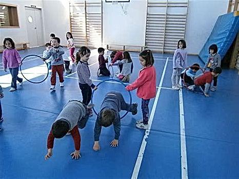Juegos infantles potencadores de flexibilidad, coordinción, psicomotricidad, valores de equipo y colaboración e integación. Rubenentrenador.