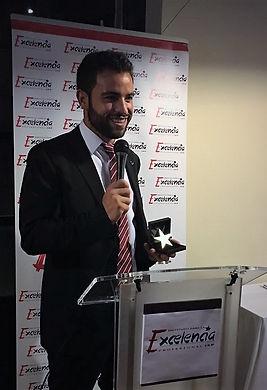 #Rubenentrenador galardonado con la  #estrella de oro a la excelencia profesional