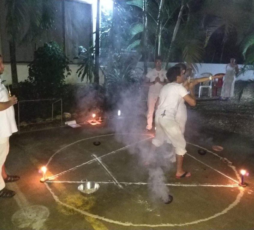 Ritual con elemento aire.