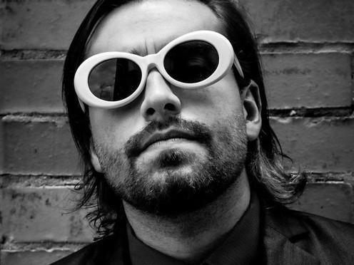 Nicolás Marín: de economista a estrella de rock