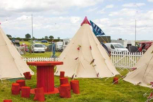 3 meter TeePee Furnished (price inc £100 deposit)