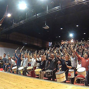 TAMBOURS DU MONDE team building percussi