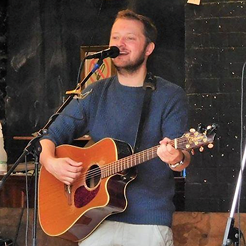 Acoustic Friday - Dan Hughes