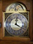 Hermle - Oak Grandmother Clock - (circa 1980s)