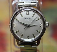 Wyler - Incaflex - Silver Dial - Dress Wristwatch - Mechanical Movement Wristwatch - (circa 1960s)