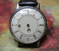 Louvic - Mystery Dial In Excellent Overall Condition - 17 Jewel Mechanical Movement Wristwatch - (circa 1950s)