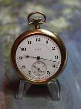 Elgin National Watch Co.- 14K Solid Gold Open Face Case - 12 Size - 17j - Stem Wind and Set - Beautiful Dial and Case – Pocket Watch - (circa 1920)
