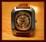 Buler - Huge Long Barrel Case - 17 Jewel Mechanical Wind Sports Wristwatch - (circa 1970s)