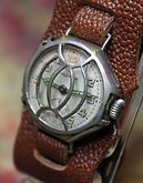 Worchester - WW1 Trench Wristwatch with Shrapnel Guard - 15 Jewels 2 Adjustments Movement - (circa 1915)