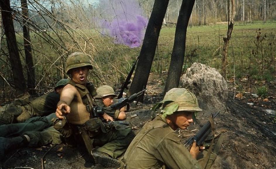 US soldiers in combat during the Vietnam War