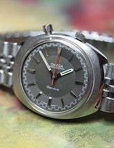 Omega - Ultra-Scarce -  Chrono Stop - Sideways Configuration (12 o'clock is where the 3 o'clock position normally is located) - Wristwatch - (circa 1968)