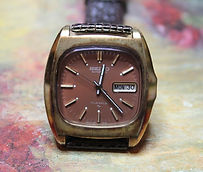 Seiko - 17 Jewel Automatic Movement - Chocolate Brown Dial with Day and Date wristwatch - (circa 2000s)