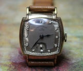 Monarch - Two Tone Dial with Exaggerated Hour Markers, 17 Jewel Mechanical Wind Movement Wristwatch - (circa 1940s)