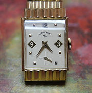 Lord Elgin - Post-Deco-Early Modern era design - 14K Gold Filled Case - Original Matching Stretch Bracelet - High Quality 21 Jewel Mechanical Wind Movement Wristwatch - (circa 1953)