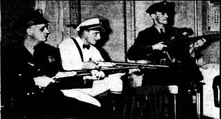 Battle of Daytona Beach - Armed City Police and Employees guard city hall - Miami News - Jan. 2, 1937